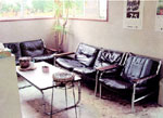 ヘアーサロンタックの待合室